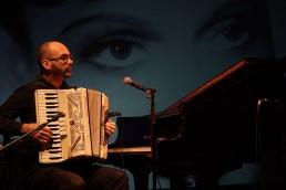 Perez chante son cinéma